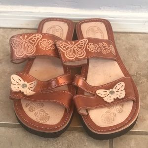 New Mexican sandles